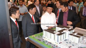 Encouraging turnout of 10,000 at annual SHEDA Property Expo 2015 (The Borneo Post)